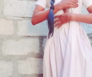 sri lankan school girl in..